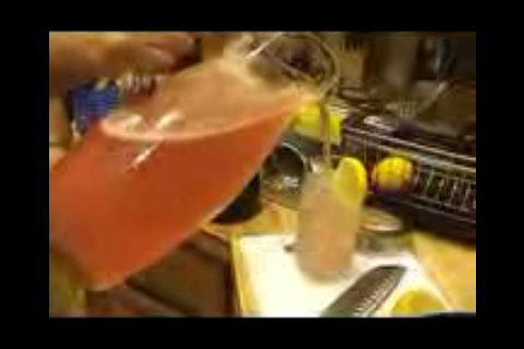 Video: Mi Cocina Holiday Countdown: Pink Lemonade