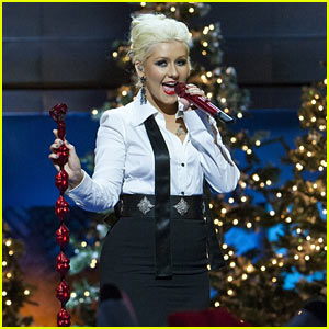 christina-aguilera-have-yourself-a-merry-little-christmas