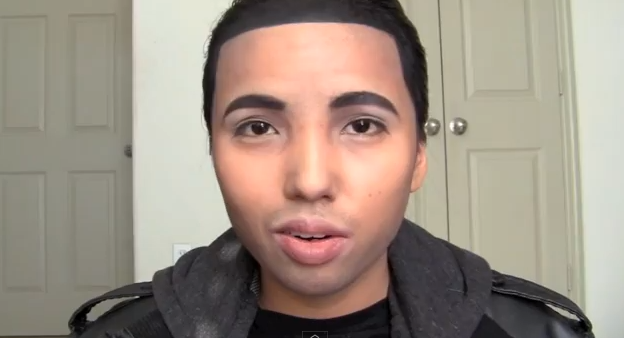 Woman Transforms Herself Into Drake Using Only Make-up