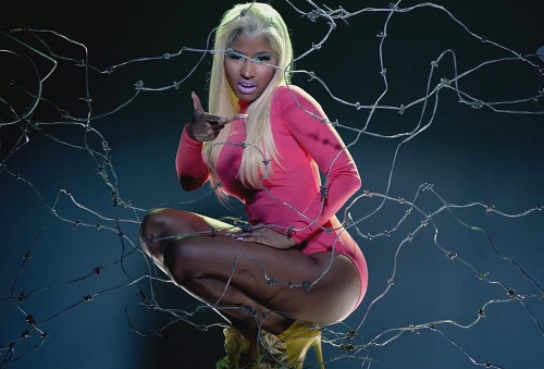 Nicki minaj beez on the trap
