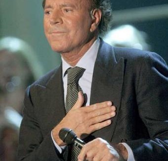 Julio Iglesias Recieves Guinness World Record For Most Latin Albums Sold