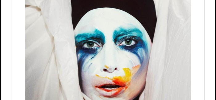 WorldView: Lady Gaga – Applause (Official Lyric Video)