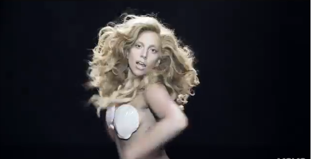 Lady Gaga Applause (Official Video)